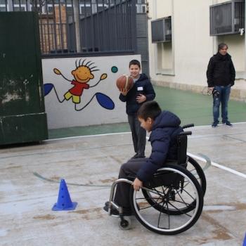 """Gimcana """"Ara tu tens l'oportunitat, viu les discapacitats"""" - 5è de primària."""