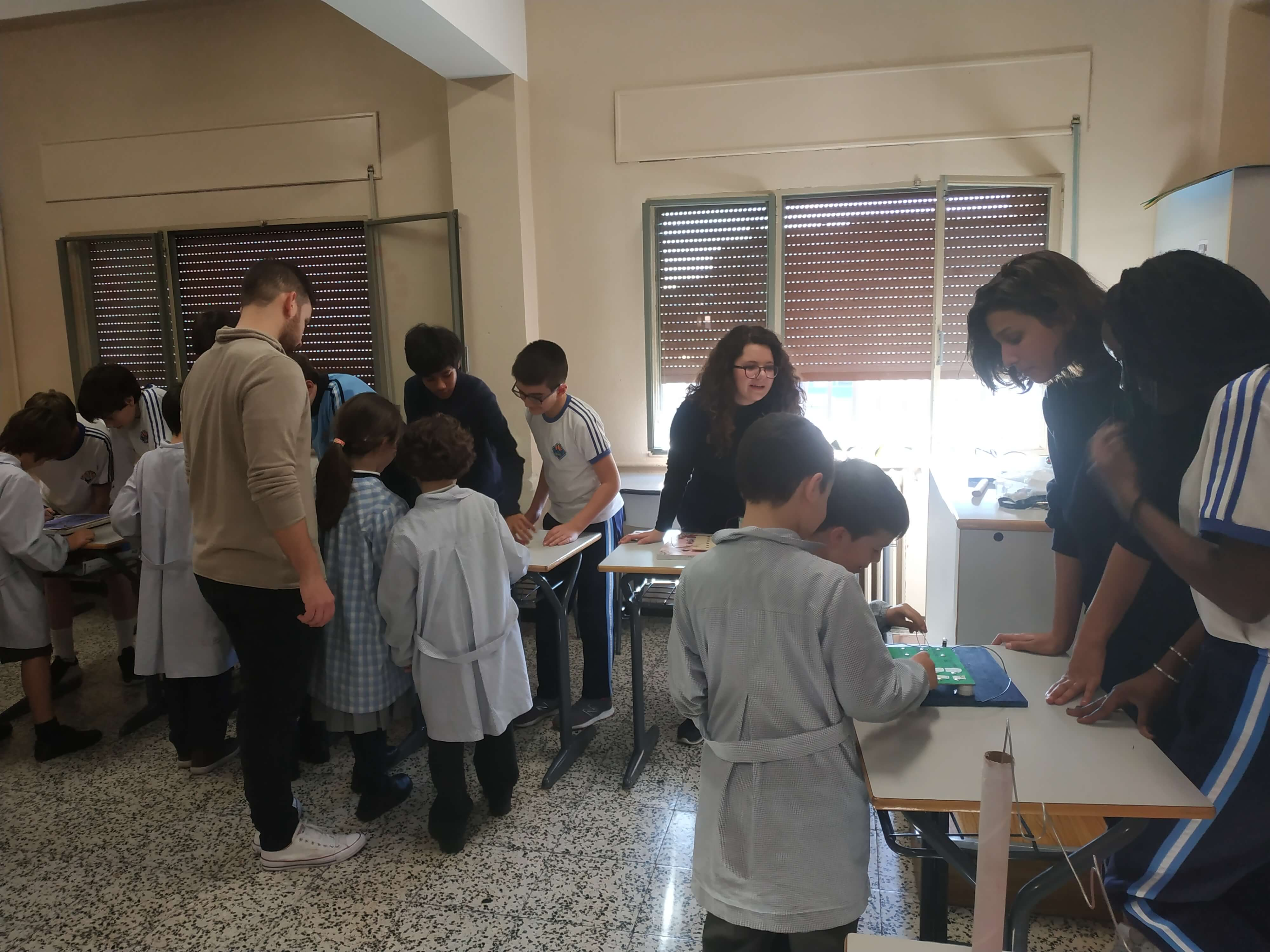 Jocs Elèctrics - 2n ESO i 2n EP - 59