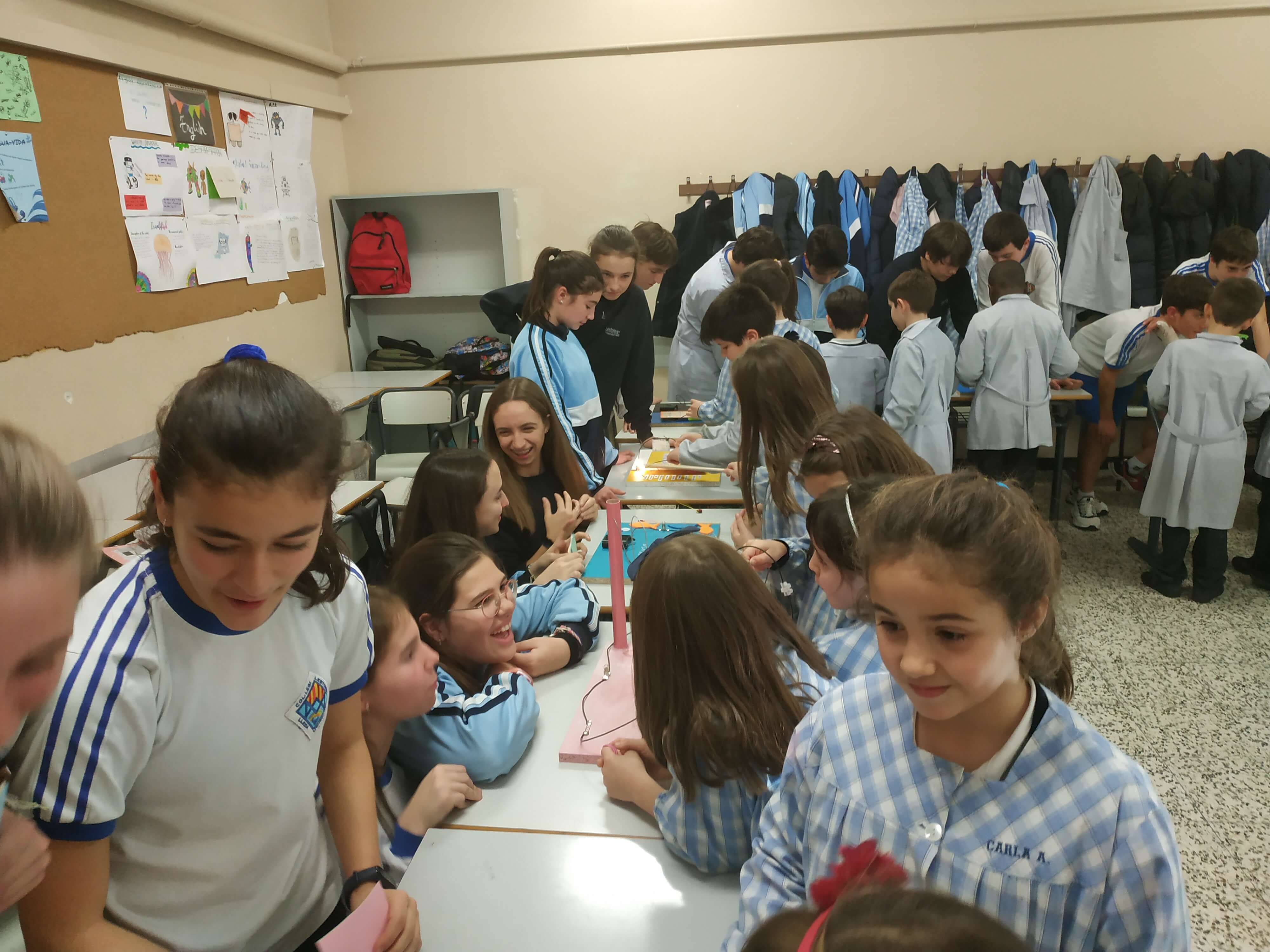 Jocs Elèctrics - 2n ESO i 2n EP - 46