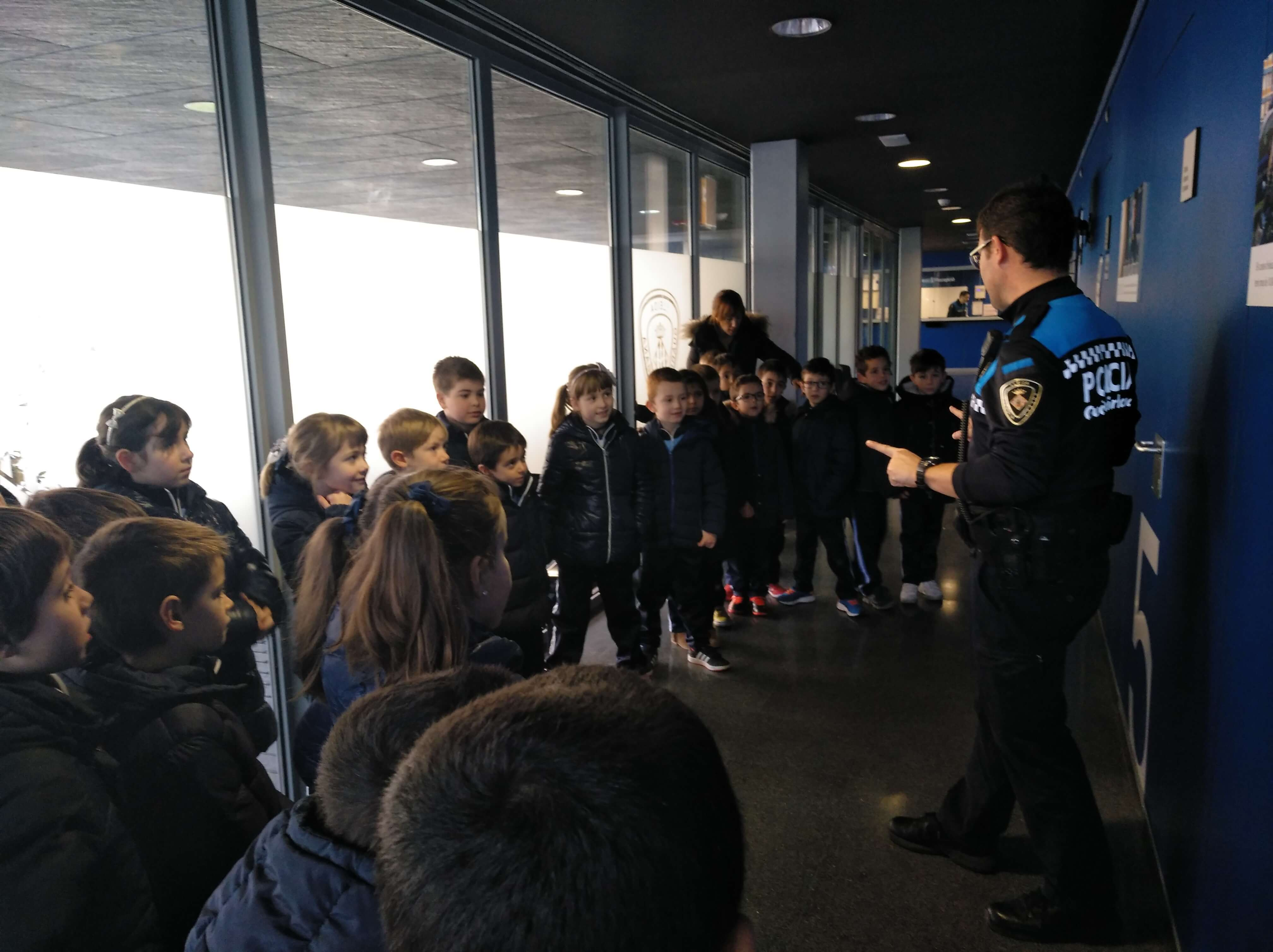 Visita a la Guàrdia Urbana - 1erEP - 35