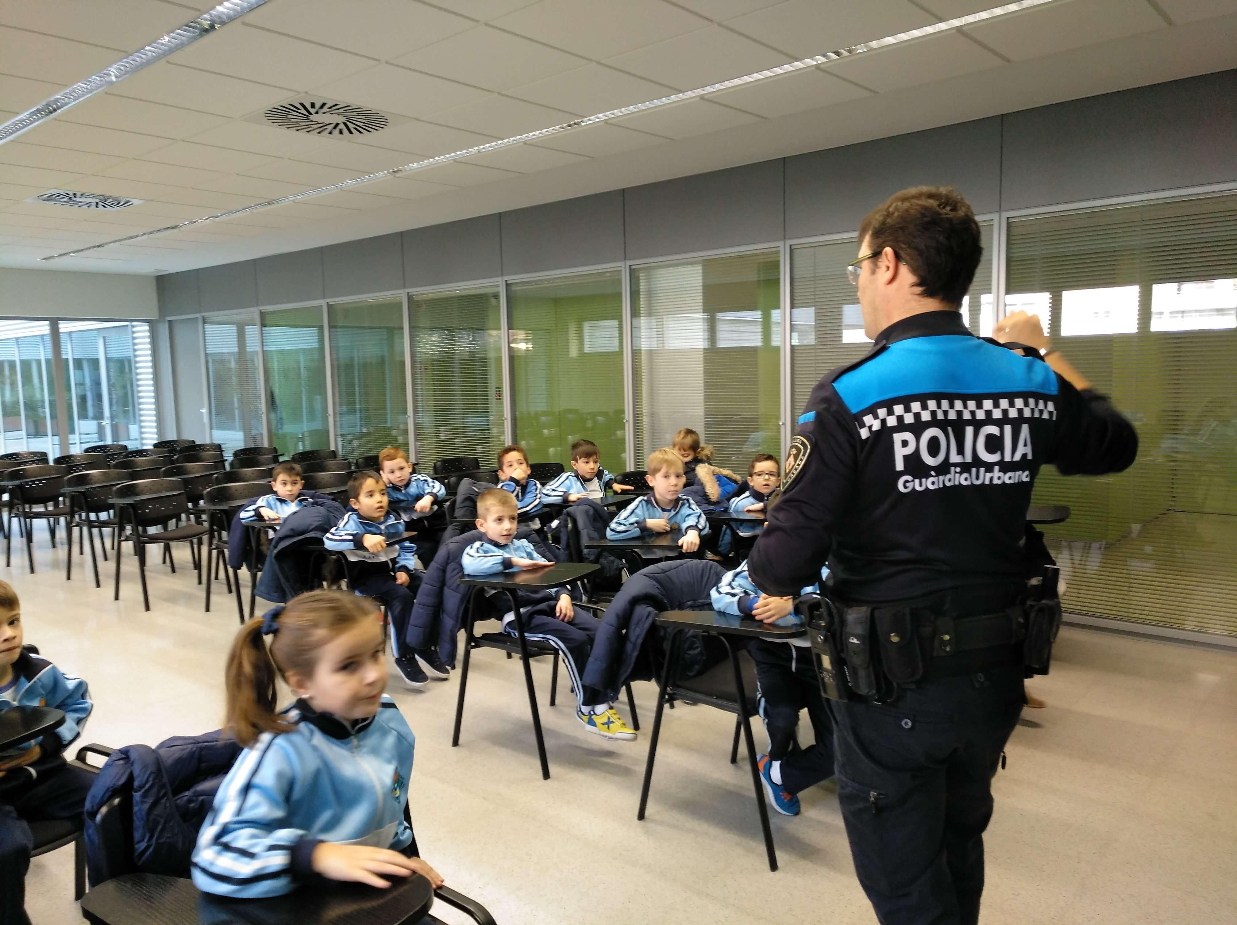 Visita a la Guàrdia Urbana - 1erEP - 25