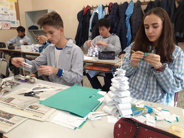 Arbres de Nadal amb material reciclat - 2n ESO. - 10