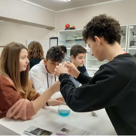 Dissolucions al laboratori - 3er ESO