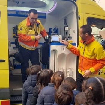 Visita Professionals Salut i ambulància -P5.